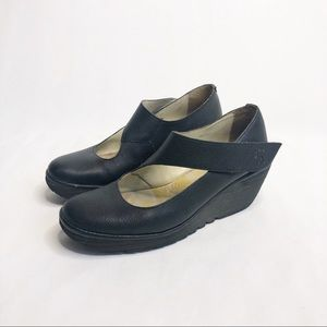 Fly London Yanci Black Leather Wedge Shoe …